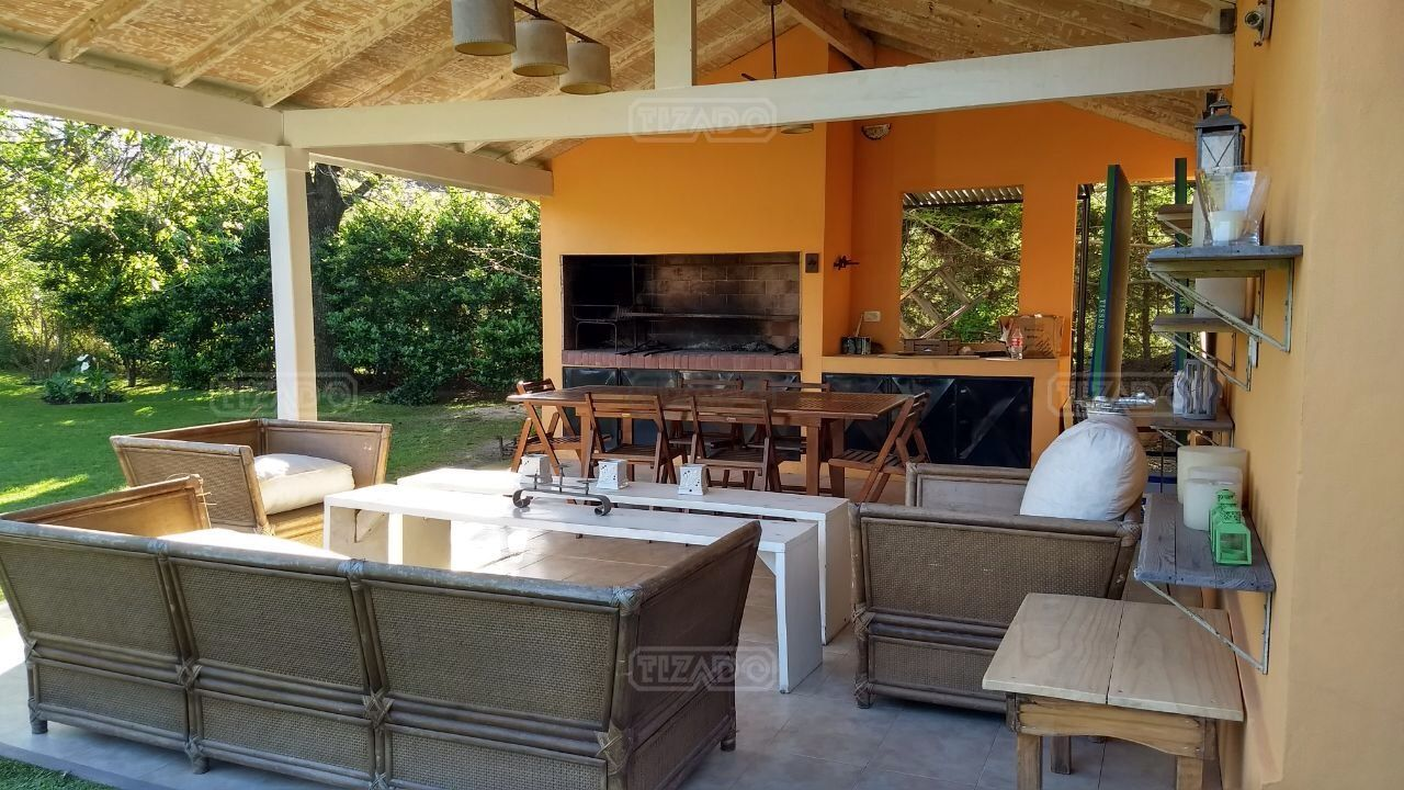 Alquiler de casa en bella vista goplaceit for Alquiler de casas en bellavista sevilla