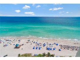 Collins Ave 17300