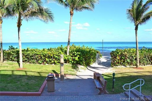 Collins Ave 16400