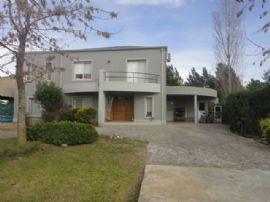 Caamaño Y Ruta 25, Casa 381