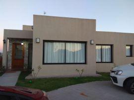 San Eduardo, Casa 275
