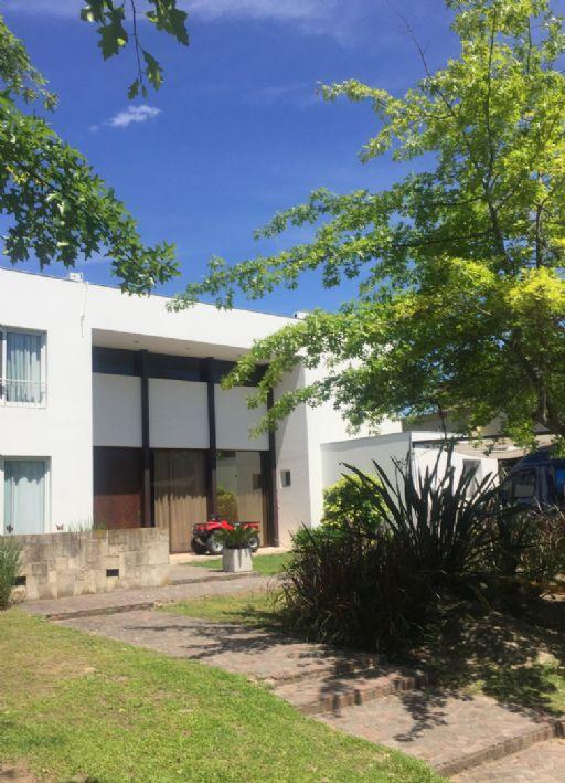 Barrio Santa Maria de Tigre 6300