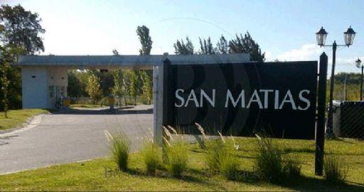 San Matias 700