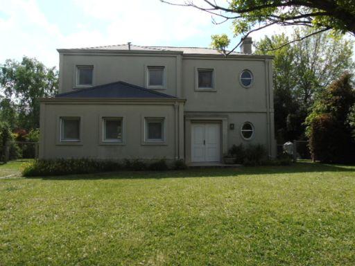 Caamaño Y Ruta 25, Casa 198