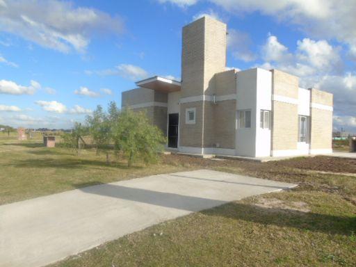 Area 1 Nuestra Señora del pilar, Casa 341