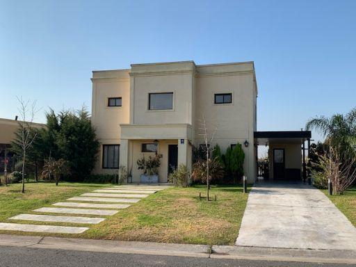Area 10 Nuestra Señora de Fatima, Casa 108